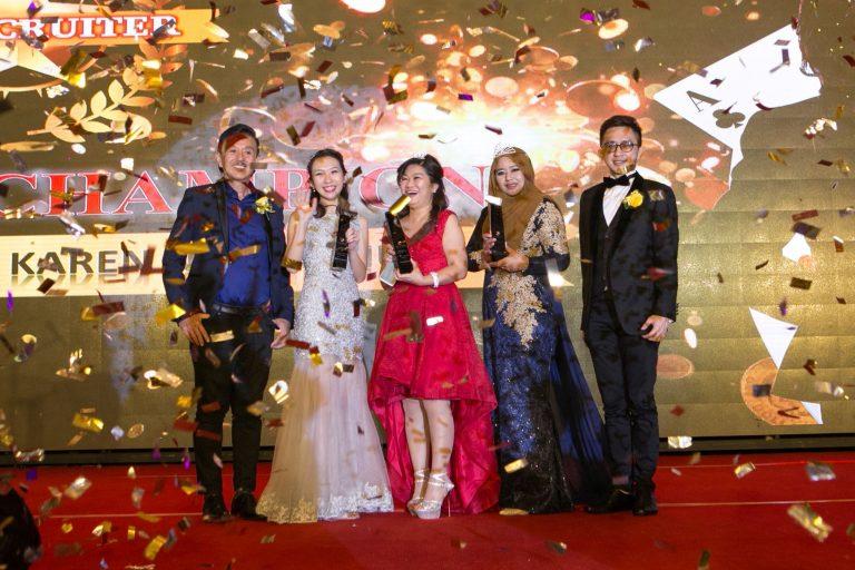 10_Award_opt